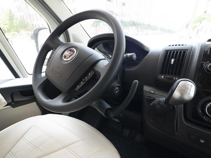 autocaravana-adaptada-37