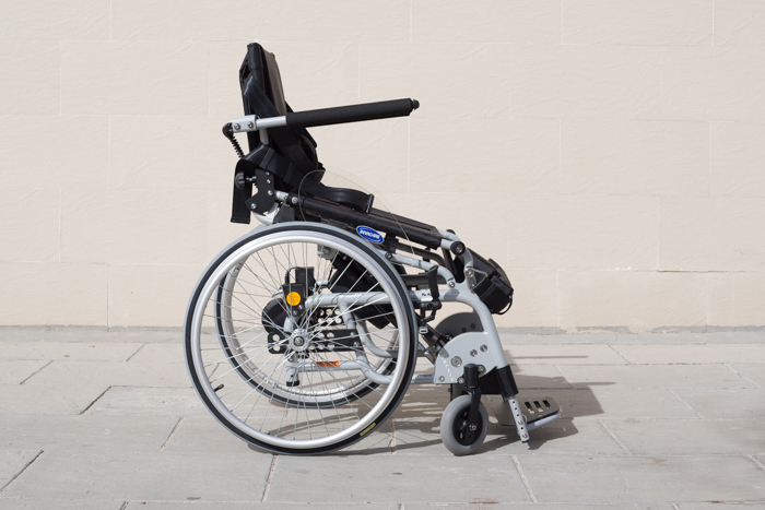 invacare-action-vertic-30