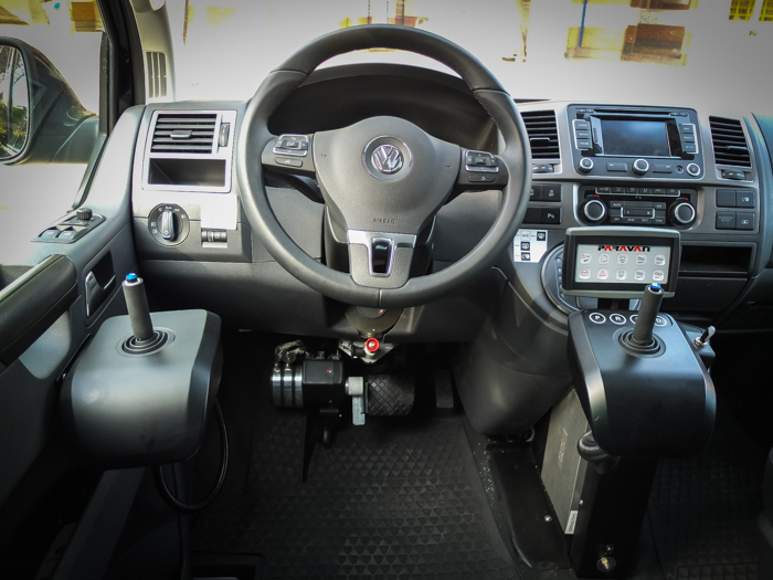 vw-multivan-joystick_04