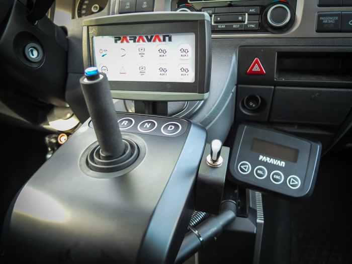 vw-multivan-joystick_07